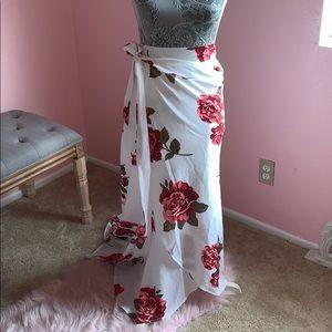 Long skirt ties on the side